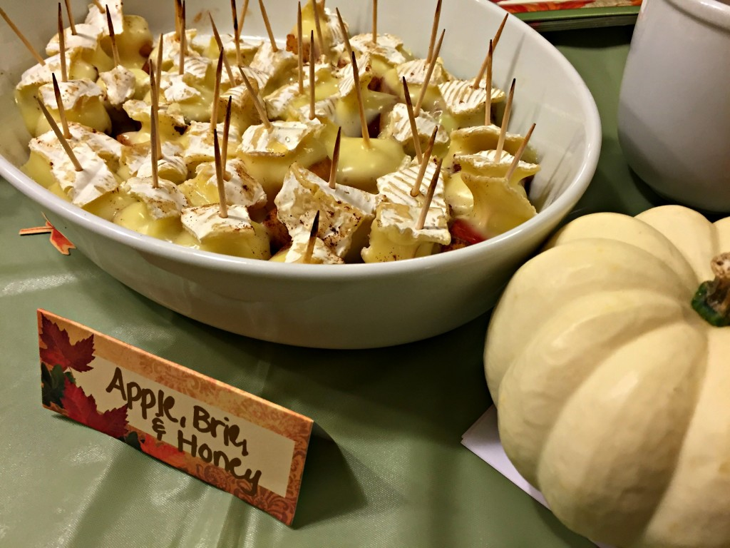 Apple Brie Toothpicks